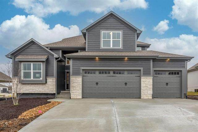 1701 SW 27th Street, Lee's Summit, MO 64082 (#2323979) :: The Shannon Lyon Group - ReeceNichols