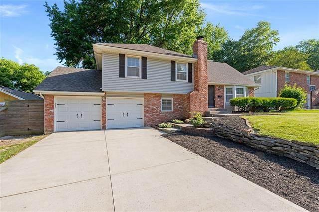 9721 W 91st Street, Overland Park, KS 66212 (#2324044) :: Dani Beyer Real Estate