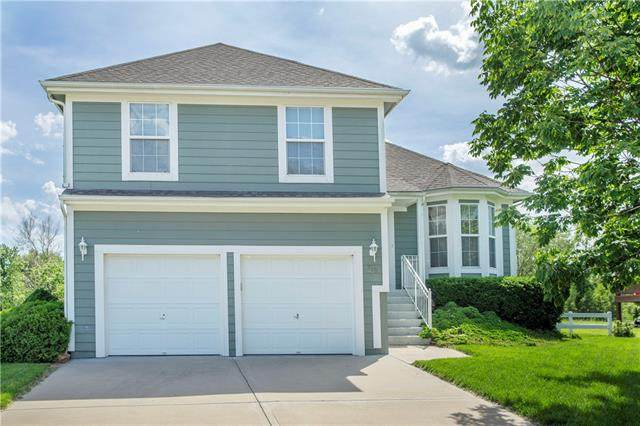 710 River Drive, Edwardsville, KS 66111 (#2324053) :: Audra Heller and Associates