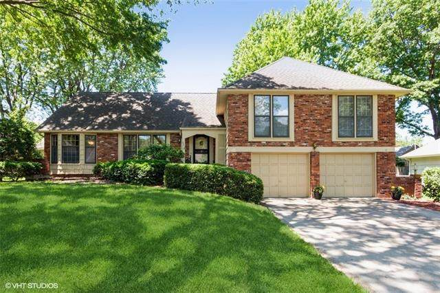6318 Beverly Drive, Mission, KS 66202 (#2324071) :: Five-Star Homes