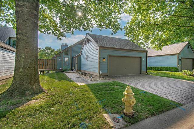 218 Lakeside Drive, Liberty, MO 64068 (#2324084) :: Audra Heller and Associates