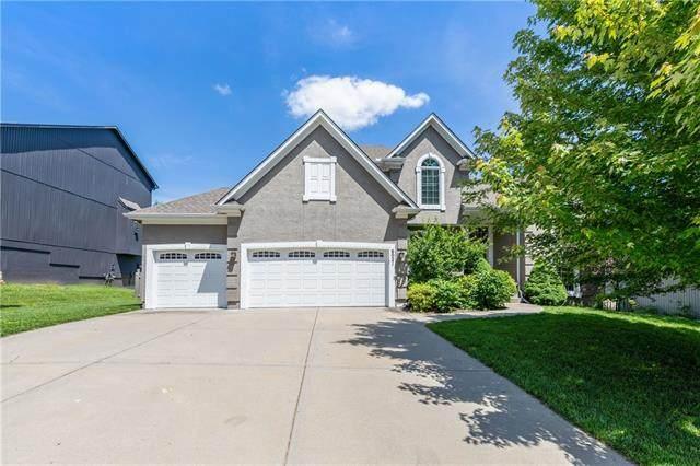 6021 Brownridge Drive, Shawnee, KS 66218 (#2324188) :: Team Real Estate