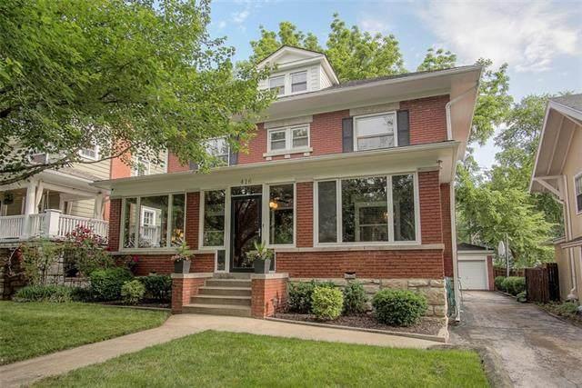 416 W 59th Terrace, Kansas City, MO 64113 (#2324352) :: Dani Beyer Real Estate