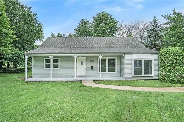 2003 NE 60th Terrace, Gladstone, MO 64118 (#2324379) :: Team Real Estate