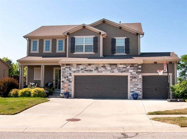 919 NW Long Drive, Grain Valley, MO 64029 (#2324390) :: Audra Heller and Associates