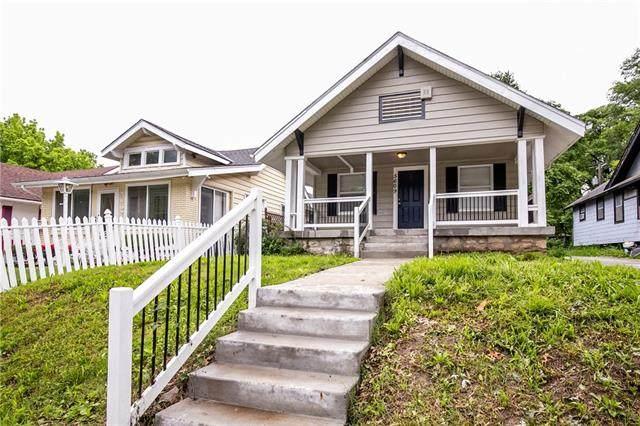 5609 Woodland Avenue, Kansas City, MO 64110 (#2324539) :: Eric Craig Real Estate Team