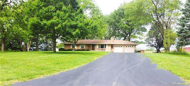 11708 Hills Lane, Kearney, MO 64060 (#2324620) :: The Rucker Group