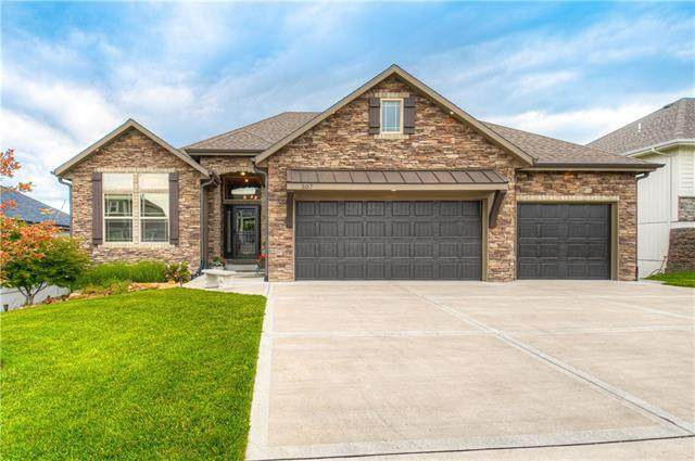 507 Wright Street, Pleasant Hill, MO 64080 (#2324708) :: Audra Heller and Associates