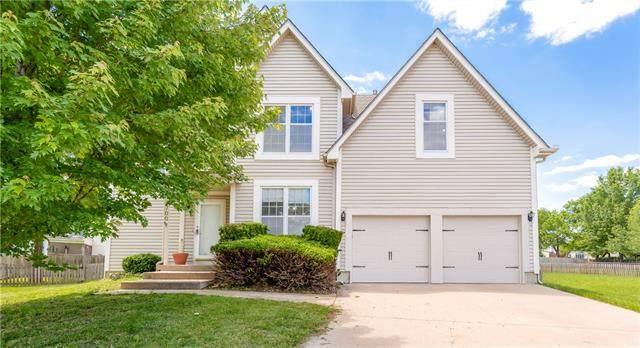 12700 Eby Street, Overland Park, KS 66213 (#2324775) :: Dani Beyer Real Estate