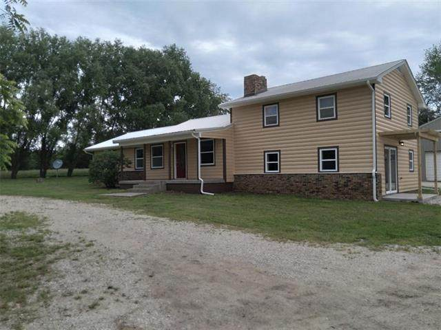 2187 Osage Road, Fort Scott, KS 66701 (#2324781) :: Ron Henderson & Associates