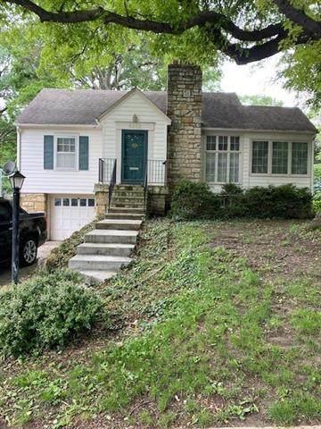 5222 Maple Avenue, Mission, KS 66202 (#2324827) :: Audra Heller and Associates