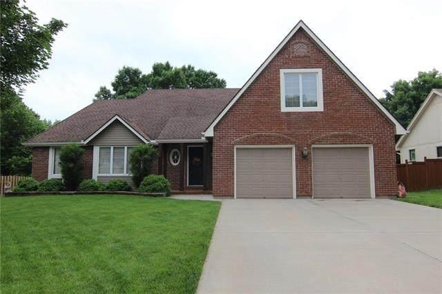 5712 Richards Circle, Shawnee, KS 66216 (#2324867) :: Team Real Estate