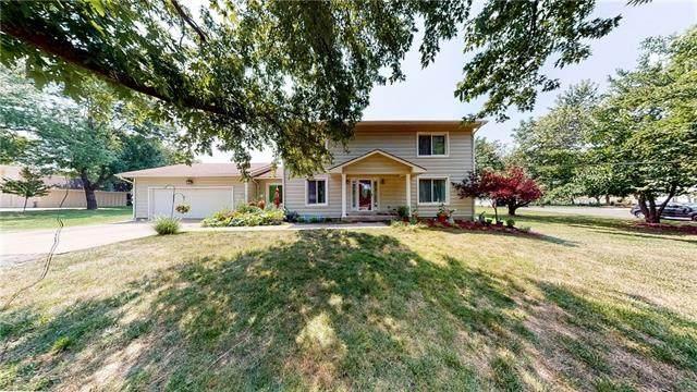 18615 W 168th Terrace, Olathe, KS 66062 (MLS #2324883) :: Stone & Story Real Estate Group