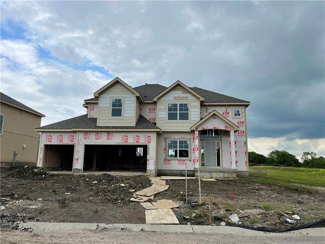 10509 N Flora Avenue, Kansas City, MO 64155 (#2324914) :: Dani Beyer Real Estate