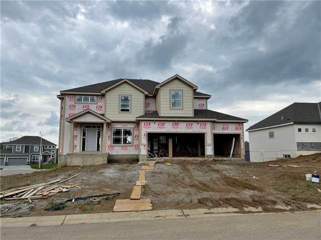 4711 NE 95th Terrace, Kansas City, MO 64156 (#2324919) :: Team Real Estate