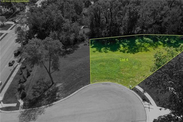 3907 W 102nd Terrace, Overland Park, KS 66216 (#2324969) :: The Shannon Lyon Group - ReeceNichols