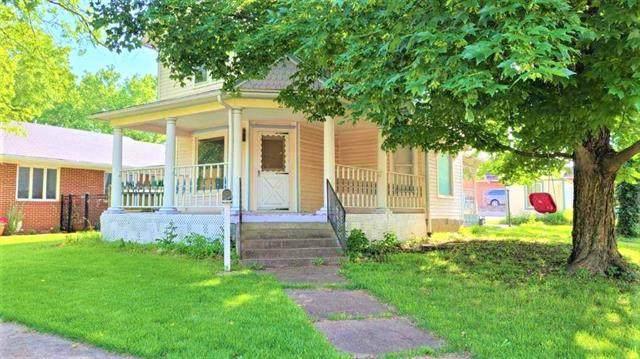 23 S Crawford Street, Fort Scott, KS 66701 (#2325051) :: Ron Henderson & Associates