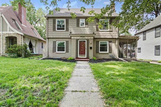 712 E Gregory Boulevard, Kansas City, MO 64131 (#2325066) :: Five-Star Homes