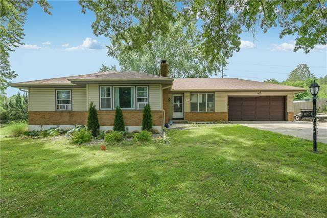 10701 E 34TH Street, Independence, MO 64052 (#2325165) :: Edie Waters Network