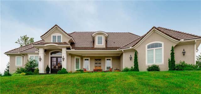 4727 NW Canyon Circle, Lee's Summit, MO 64064 (MLS #2325175) :: Stone & Story Real Estate Group