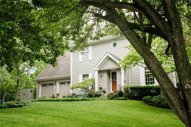 1701 NW 22nd St Ct Court, Blue Springs, MO 64015 (#2325246) :: Ask Cathy Marketing Group, LLC