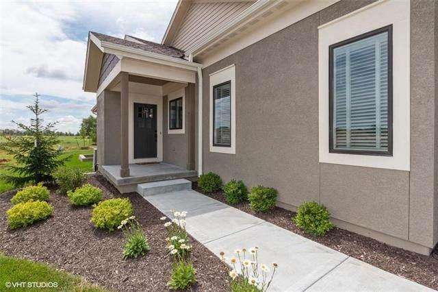11454 S Noreston Street, Olathe, KS 66061 (#2325269) :: Dani Beyer Real Estate