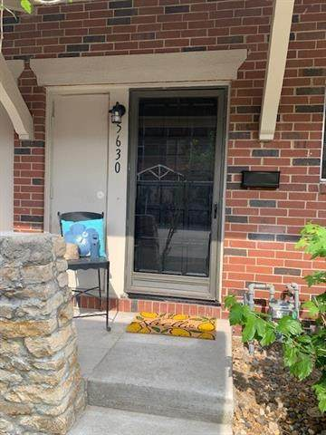 5630 W 97th Street, Overland Park, KS 66207 (#2325308) :: Dani Beyer Real Estate