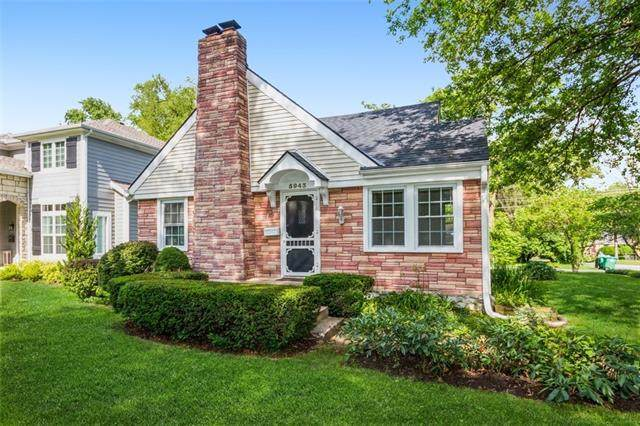 5943 Buena Vista Street, Fairway, KS 66205 (#2325379) :: Team Real Estate
