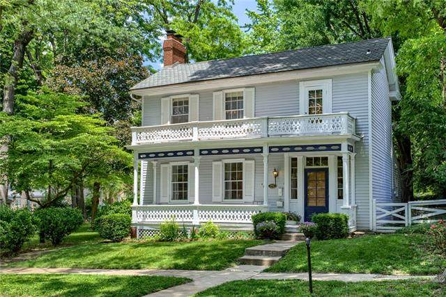 430 E Franklin Street, Liberty, MO 64068 (#2325690) :: The Rucker Group