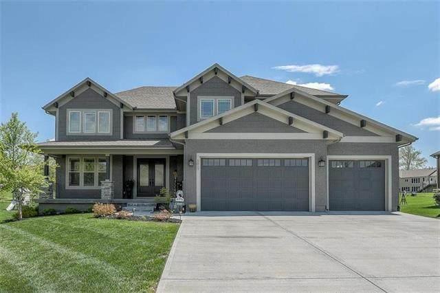 5017 Meadow Height Drive, Shawnee, KS 66226 (#2325726) :: ReeceNichols Realtors