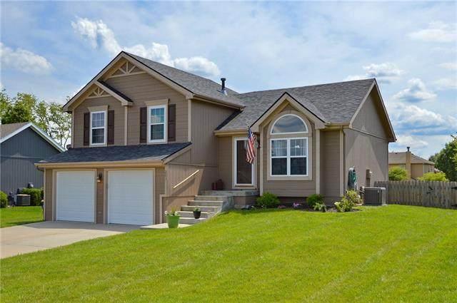 203 Lake Meadows Drive, Smithville, MO 64089 (#2325728) :: Austin Home Team