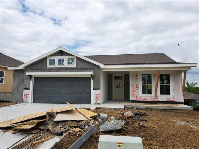 2010 Creek View Lane, Raymore, MO 64083 (#2325742) :: Ron Henderson & Associates