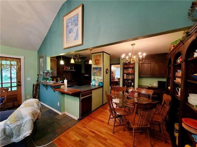 13505 E 217th Terrace, Peculiar, MO 64078 (#2325772) :: The Gunselman Team