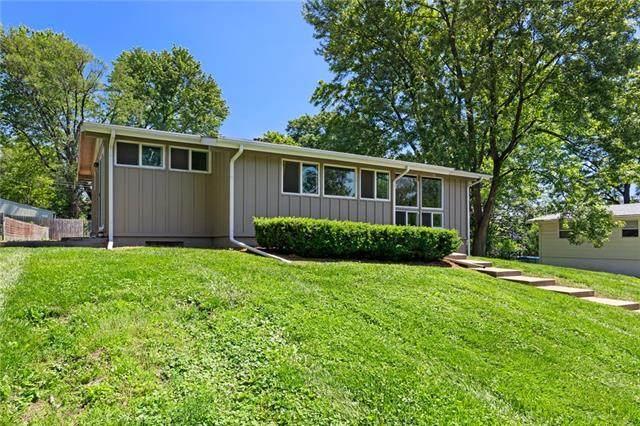 6908 NW 77th Street, Kansas City, MO 64152 (#2325834) :: Dani Beyer Real Estate