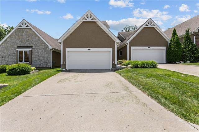 155 Pointe Drive, Gladstone, MO 64116 (#2326022) :: The Rucker Group