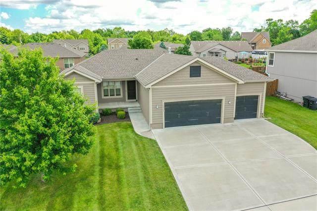 16911 Summit Drive, Belton, MO 64012 (#2326030) :: Ron Henderson & Associates