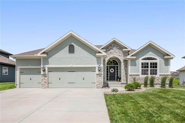 5420 NW 94th Street, Kansas City, MO 64154 (#2326055) :: Dani Beyer Real Estate
