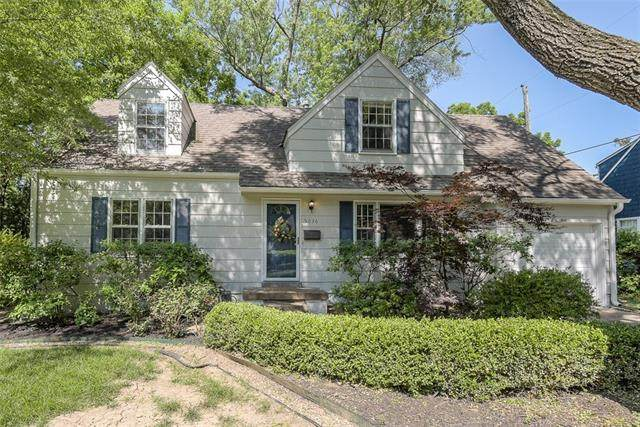 5036 Mission Road, Roeland Park, KS 66205 (#2326157) :: Team Real Estate