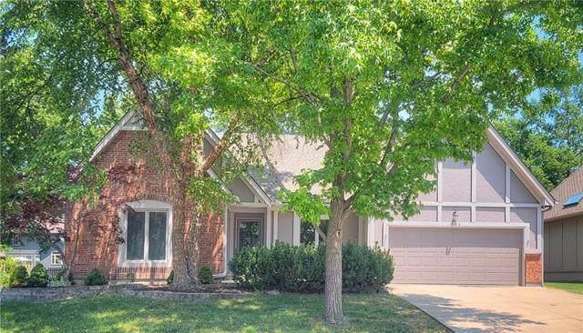 15414 W 144TH Terrace, Olathe, KS 66062 (#2326168) :: Austin Home Team