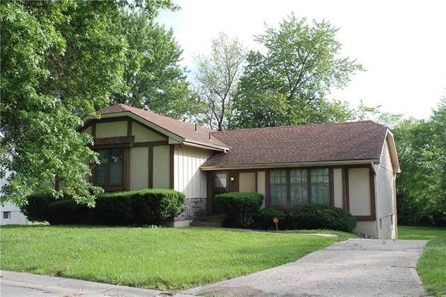 14618 Laquinta Drive, Grandview, MO 64030 (#2326203) :: Audra Heller and Associates