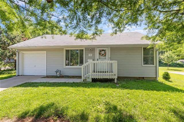 7701 Lowell Avenue, Overland Park, KS 66204 (#2326247) :: Ron Henderson & Associates