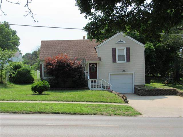 1714 S 28 Street, St Joseph, MO 64507 (#2326354) :: Dani Beyer Real Estate