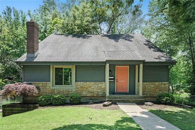 9515 Hocker Drive, Merriam, KS 66203 (#2326463) :: Ron Henderson & Associates