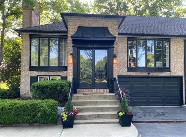 8304 Howe Drive, Prairie Village, KS 66206 (#2326498) :: Ron Henderson & Associates