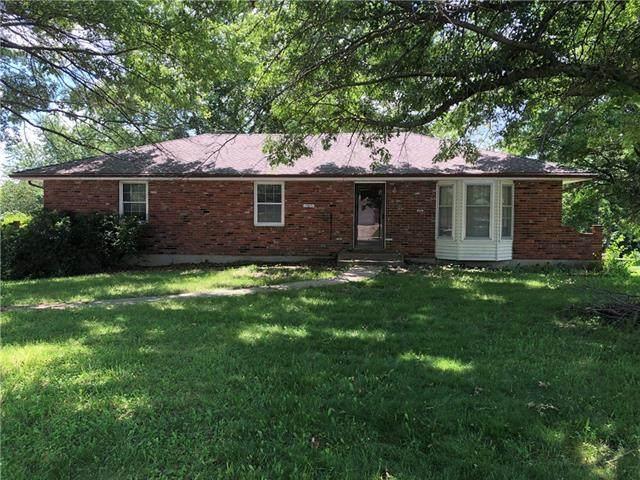 1305 Minuteman Drive, Plattsburg, MO 64477 (#2326528) :: The Kedish Group at Keller Williams Realty