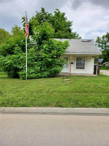 324 W 15th Street, Horton, KS 66439 (#2326535) :: Eric Craig Real Estate Team