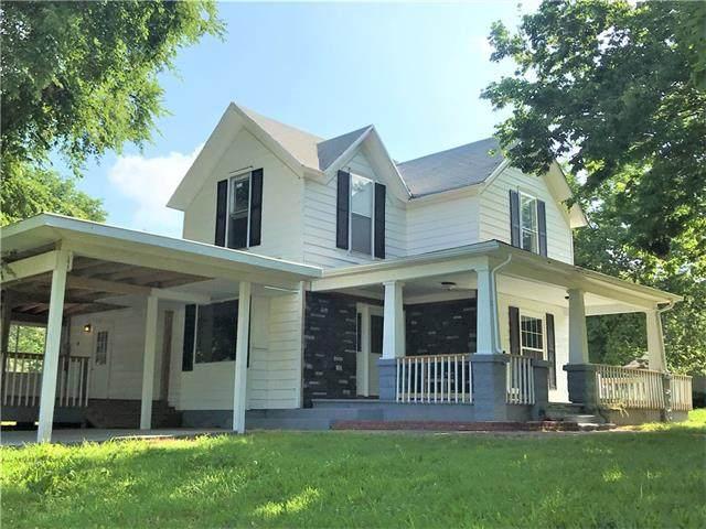 1101 E Oak Street, Fort Scott, KS 66701 (#2326539) :: Ron Henderson & Associates