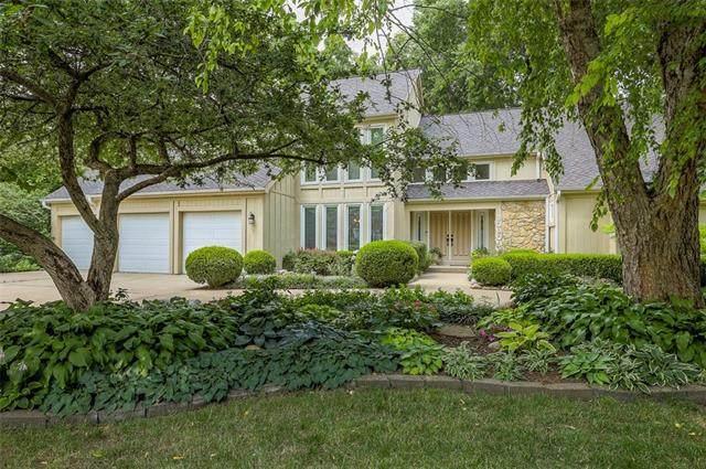 10906 W 120th Terrace, Overland Park, KS 66213 (#2326590) :: The Rucker Group