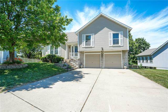 1808 Beagle Court, Liberty, MO 64068 (#2326607) :: The Rucker Group