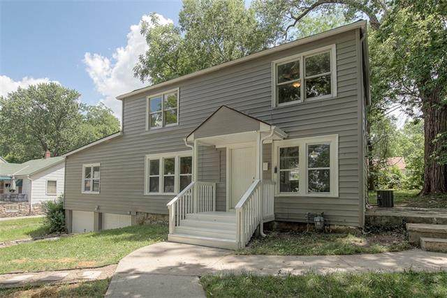 7437 Park Avenue, Kansas City, MO 64132 (#2326623) :: Five-Star Homes